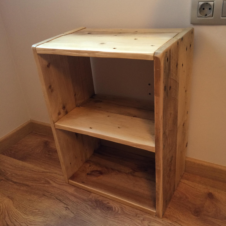 Mesas recicladas madera mesa centro madera reciclada y for Mesas de noche de madera